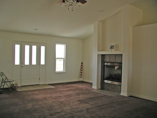 New and custom home builder serving ca on city florence for Floor to ceiling bay window